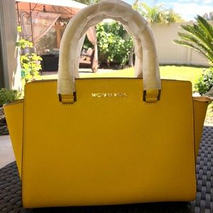 NEW MICHAEL KORS Selma Jasmine Yellow Satchel Tote